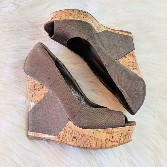 Mossimo Supply Co. Shoes - Mossimo Platform Wedge Heels Size 10